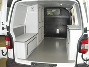Extreme garage modifica camper rovato for Allestimento furgoni fai da te